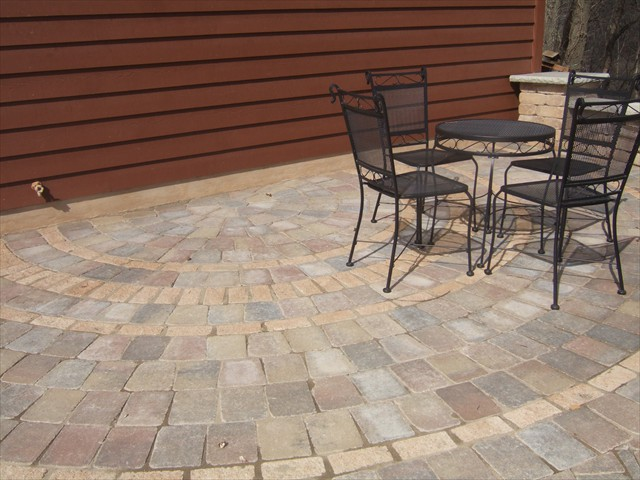 Patio - circle pattern
